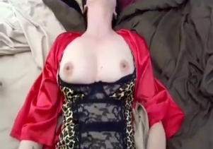 My busty glamorous mom deserves to be fucked